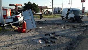 Kırkağaçta kaza: 1 ölü, 4 yaralı