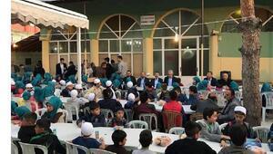 Gölovada çocuklar için iftar programı