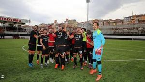 Etimesgut Belediyespora 6 futbolcu takviyesi
