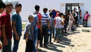 Şanlıurfa'da belediye sıcak nedeniyle havuzları ücretsiz yaptı