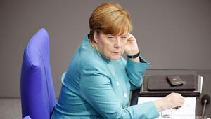 Başbakan Merkel yine ezber bozdu