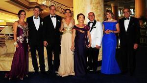 Manolya ile Kayhan evlendi