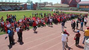 Ağrı'da yaz spor okulları açıldı
