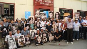 Sivas Olaylarının kurbanları 24üncü yıldönümünde anıldı (2)