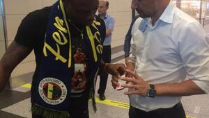 Fenerbahçenin yeni transferi Kameni İstanbulda (FOTOĞRAF)