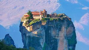 Yunanistan'a hala gitmemiş olanlar için 6 muhteşem tatil rotası