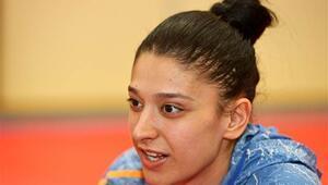 Nur Tatar: Dövdüğüm 2 kişiyi babam hastaneye götürdü