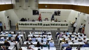 İzmirde 15 Temmuz etkinliklerine katılacaklara ulaşım ücretsiz