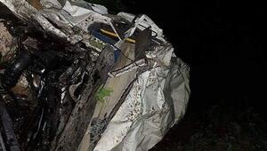 Artvinde minibüs uçuruma yuvarlandı: 4 ölü, 9 yaralı