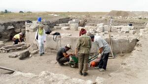 Amoriumda kazı başladı