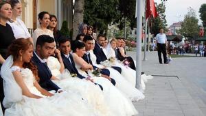 Atatürkün Boluya gelişinin 83üncü yıl dönümünde evlendiler