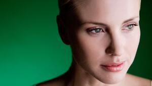 4 hareketle yüzünüzü gençleştirecek yüz yogası