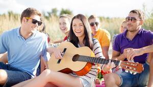 Türkiye sahillerine özel şarkılar…