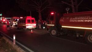Refüje çarpan otomobil takla attı: 2 ölü, 1 yaralı