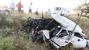 Tek şeride düşen yolda hatalı sollama kazası: 1 ölü, 2 yaralı