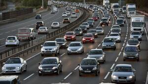 İngiltere, 2040dan itibaren dizel ve benzinli yeni araçları yasaklayacak