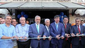 Ahi Evran Müzesi ve heykeli törenle açıldı