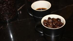 Fakir aileden çıktı burs aldı 65 ülkede 21 binden fazla şubesi olan kahve zincirini yarattı...