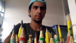 Dünyayı kurşun kalem ucuna sığdırıyor