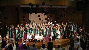 İlahiyat Fakültesinin 19. dönem mezunları