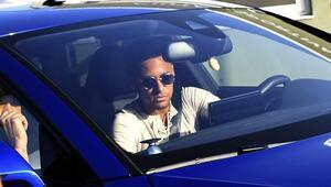 Asrın transferi bitti Neymar arkadaşlarıyla vedalaştı...