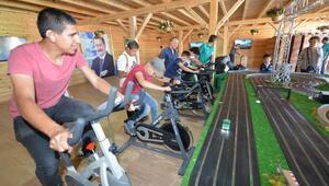 BELKO Çadırında bisiklet yarışı