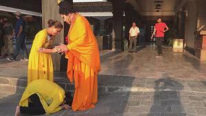 Bülent Ersoyu Buda zannettiler