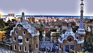Gaudinin izinde Barselona gezi rehberi