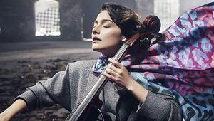 İstanbul Metrosunda kadın müzisyene dayak iddiası