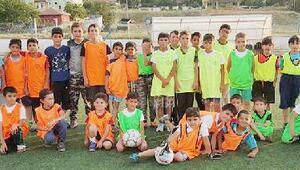 Futbol okuluna yoğun ilgi