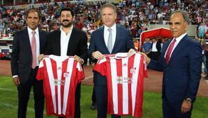 Sivasspor sezonu açtı