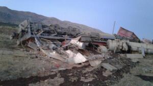 Elazığda yük treni devrildi: 2 ölü- ek fotoğraflar