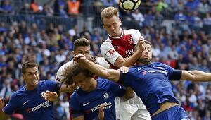 Courtois Chelseayi yaktı Zafer Arsenalin...