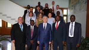Uganda Heyeti Çukurova Üniversitesini inceledi
