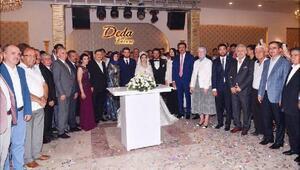 AK Partilileri buluşturan düğün