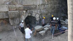 Çorumda 2 bin yıllık baraj ve höyük bulundu