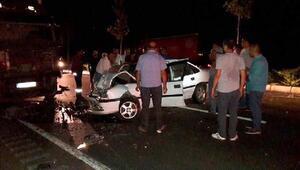Otomobil, TIRla çarpıştı: 1 ölü, 1 yaralı