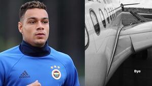 Van der Wiel Fenerbahçeden ayrıldı