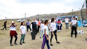 Erciyes'te sevgi kampı kuruldu