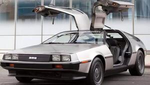 DeLorean uçan arabalarıyla geliyor