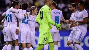 Real Madrid evinde Deportivoyu rahat geçti