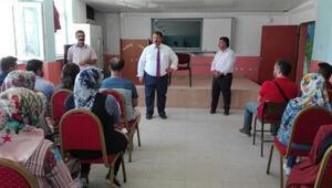 MEM Turan aday öğretmenlere seslendi