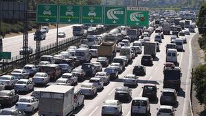 Cuma akşamı İstanbul trafiğinde çıldırmak istemiyorsanız şu önerileri okuyun