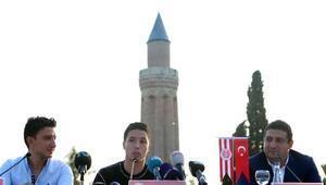Antalyaspordan Nasriye kent merkezinde tören