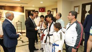 Başkan Çiftçi genç sporcuları ağırladı