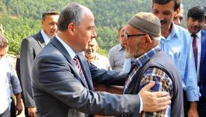 Vali Coşkundan köy ziyaretleri