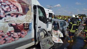 Hayraboluda kaza: 3 ölü, 3 yaralı