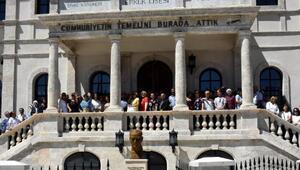 Sivas Lisesi mezunları okullarıyla buluştu