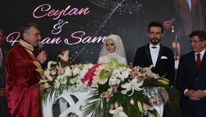 Konya Büyükşehir Belediye Başkanı Akyürekin mutlu günü