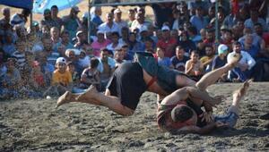 Altınözünde Aba Güreşi Festivali yapıldı
